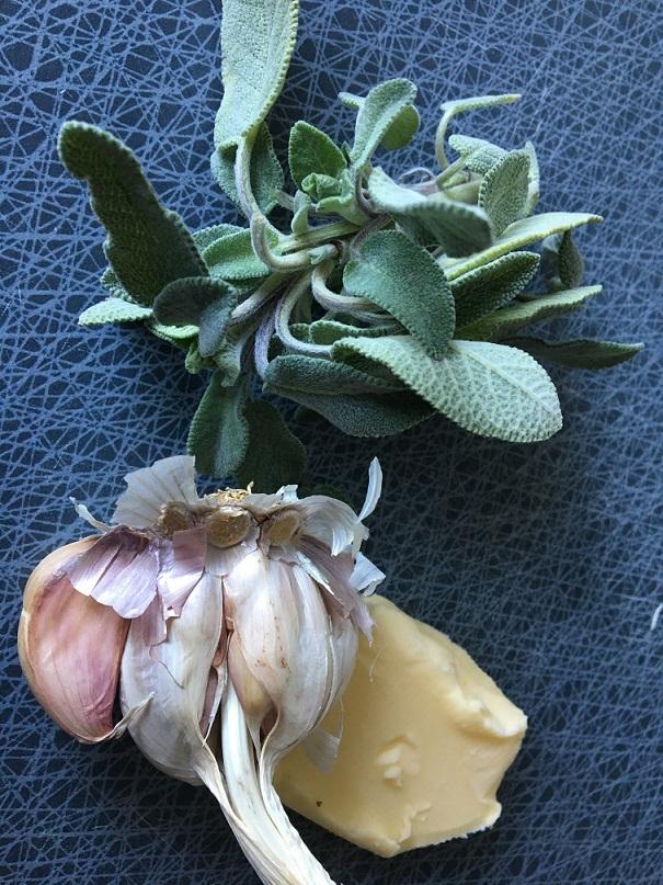 Opskrift på puy-linser med salvie og hvidløg